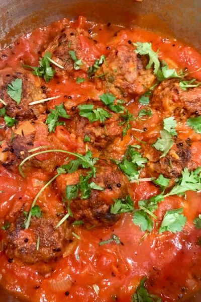 How to Make Vegan Kofta Balls with Tomato Curry