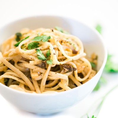 Linguine with Porcini Mushrooms, Truffles, Garlic & Parsley {Vegan Recipe}