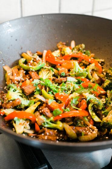 Vegan Beef Broccoli Stirfry